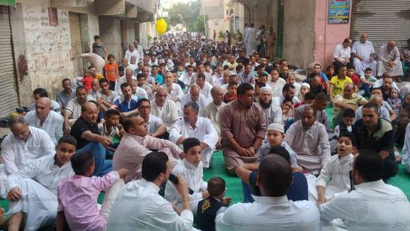 صورة أرشيفية_ صلاة العيد