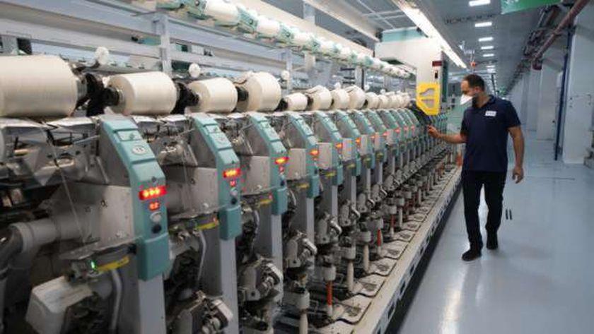 افتتحها الرئيس اليوم.. مصانع الغزل بالمدينة الصناعية في الروبيكي (صور)
