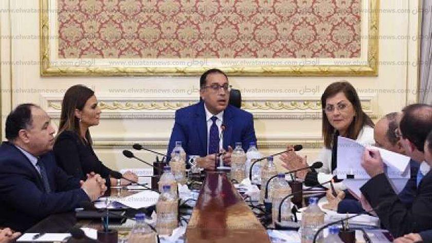 د. مصطفى مدبولى يترأس اجتماع المجموعة الاقتصادية