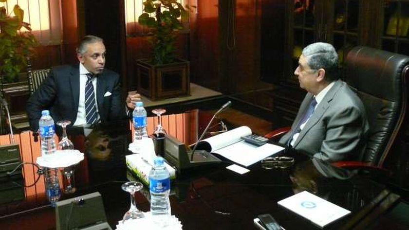 وزير الكهرباء يلتقي بالسفير العراقي بالقاهرة
