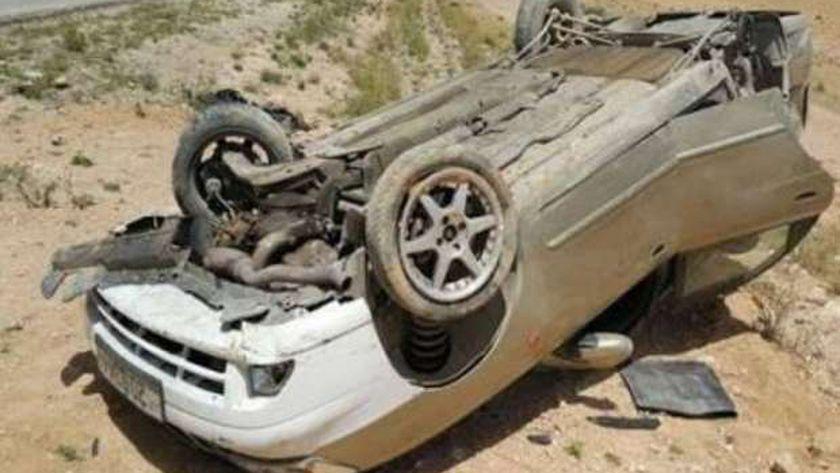 رحلة وادي الحيتان إنتهت بحادث مأسوي.. إصابة 5 في إنقلاب سيارة بالفيوم