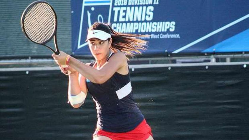 ريهان رشاد بطلة التنس الدولية الومشاركة في منتدى الشباب للمرة الثانية