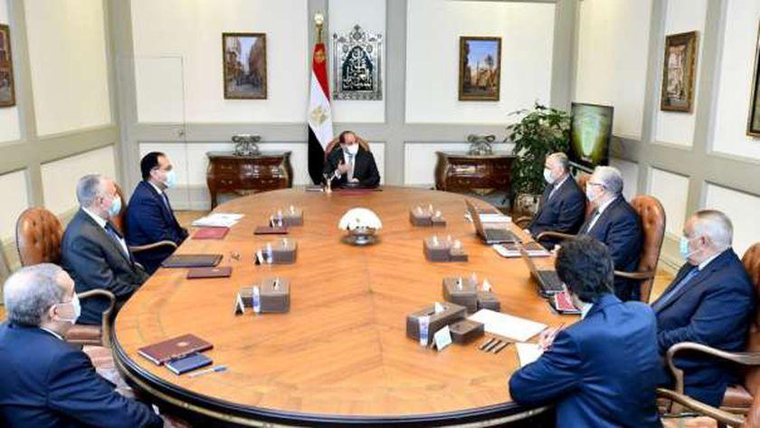 الرئيس السيسي خلال اجتماعي مع وزيري الري والرزاعة