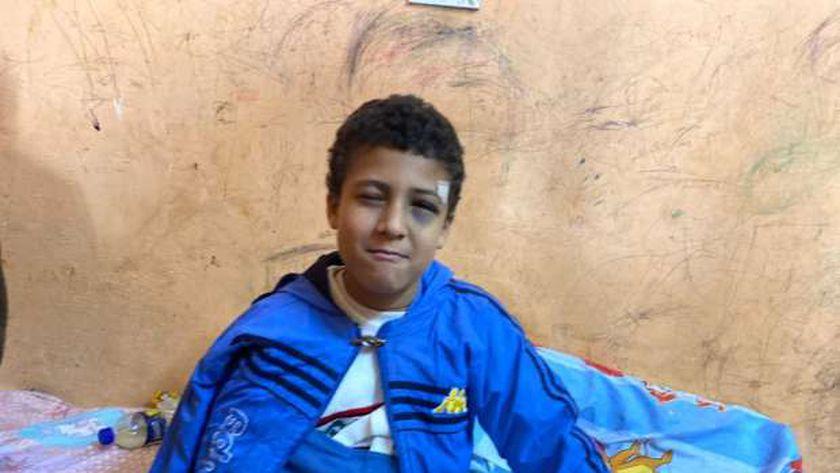مطاردة فوق السطح.. «عبدالحميد» ضحية فراش المدرسة وتعليم سوهاج تنفي