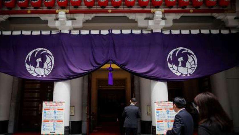 مسرح الكابوكي الياباني يستأنف عروضه بعد توقف بسبب كورونا
