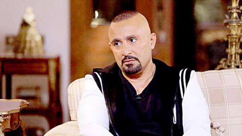 فيديو.. نجوم الفن يدعمون نجل أحمد السقا في تجربته الأولى - فن وثقافة -