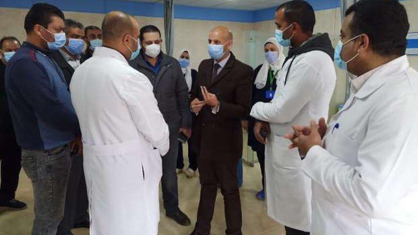 وكيل صحة الشرقية يتفقد سير العمل بمستشفي منيا القمح وتطوير السعديين