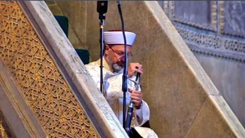 رئيس الشؤون الدينية التركية على إرباش
