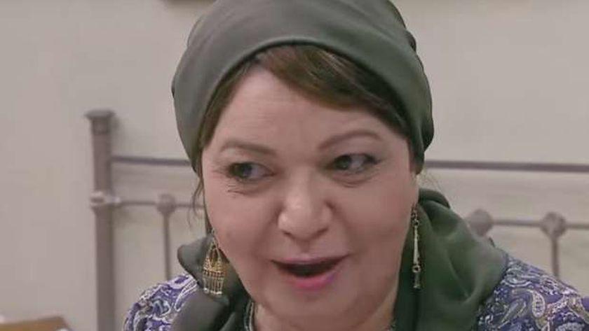 الفنانة القديرة عفاف حمدي والدة المطرب والموزع نادر حمدي