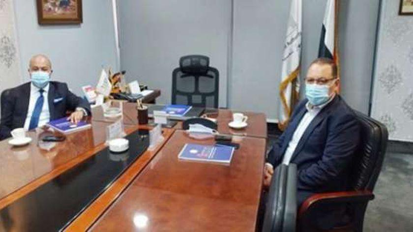 محافظ الشرقية يلتقي مساعد أول وزير التموين ورئيس جهاز التجارة الداخلية