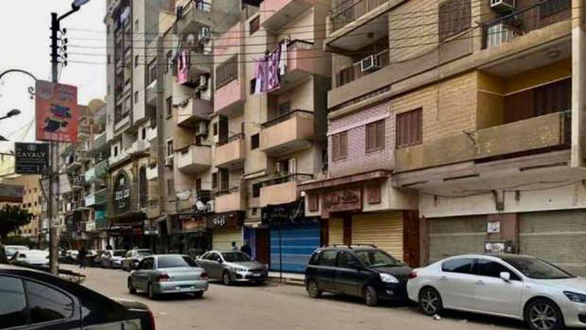 محلات كفر الشيخ تغلق ابوابها تنفيذا لقرار الحظر