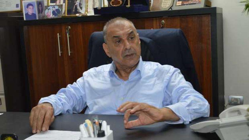 الدكتور محمد حلمى هلال رئيس اتحاد جمعيات ومنظمات الطاقة المتجددة والتنمية المستدامة