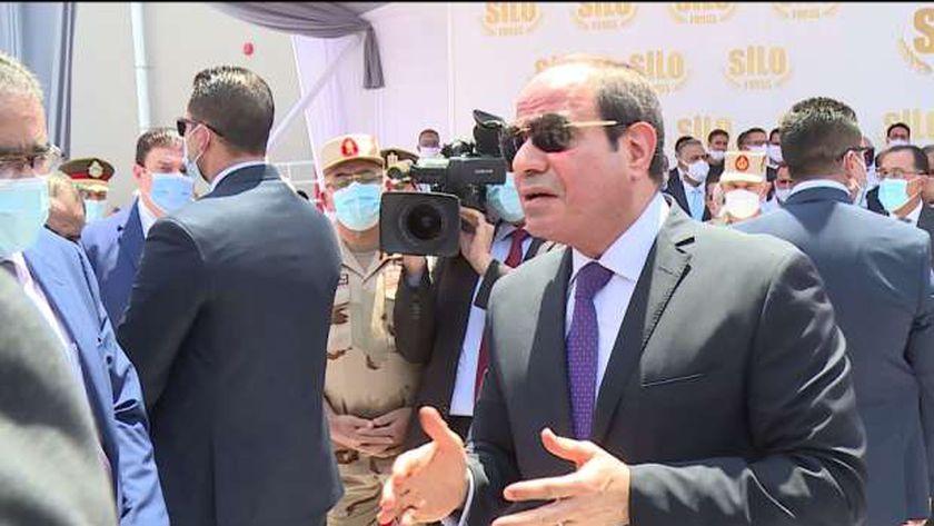 السيسي: أيادي مصر ممدودة إلى المجتمع الدولى لدعم لبنان