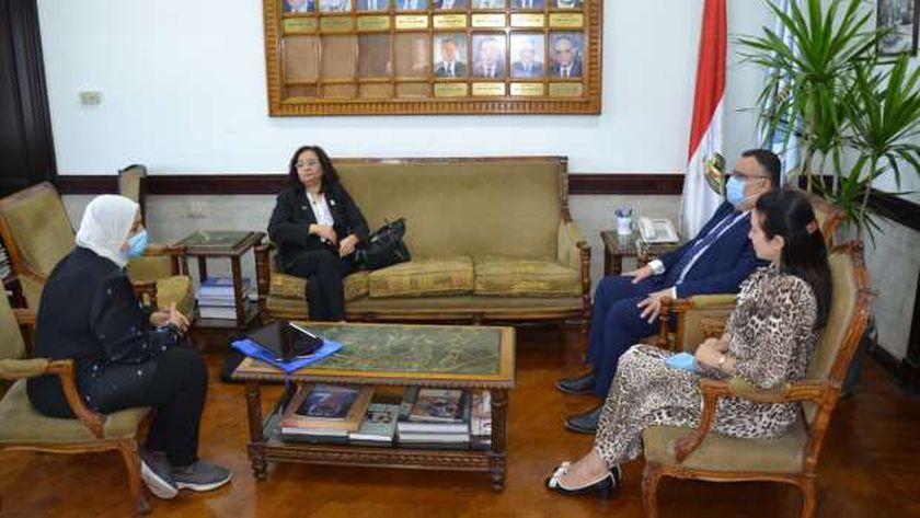 جامعة الإسكندرية تستقبل وفد جامعة أوشن الأمريكية المجتمعية
