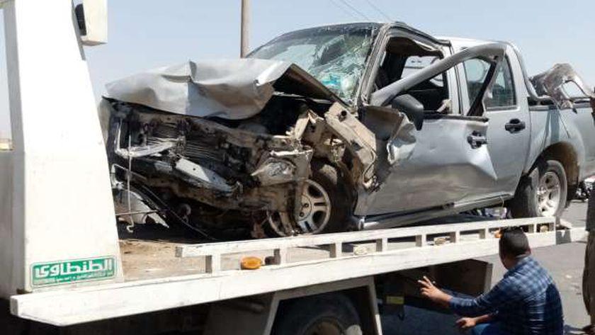 بالأسماء..إصابة 6 اشخاص في انقلاب سيارة ملاكي بصحراوي سوهاج