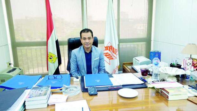 الفنان هشام عطوة رئيس الهيئة العامة لقصور الثقافة