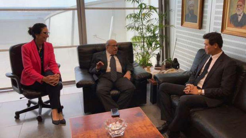 الدكتور مصطفى الفقي يستقبل سفير كوريا الجنوبية