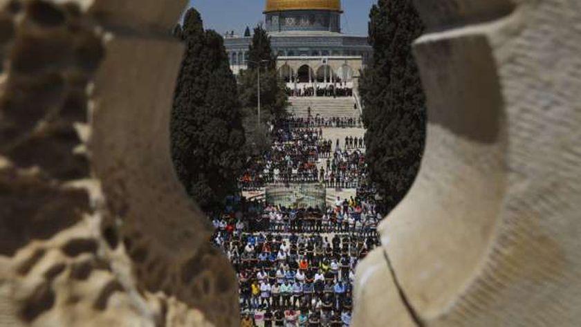 صلاة الجمعة الأولى من شهر رمضان في المسجد الأقصى بالقدس