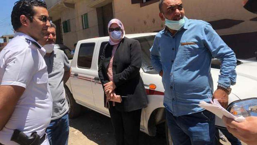 رئيس حى شرق الإسكندرية تضبط مخالفات بناء بقرية أبيس الأولى وإحالة المخالفين للنيابة العسكرية