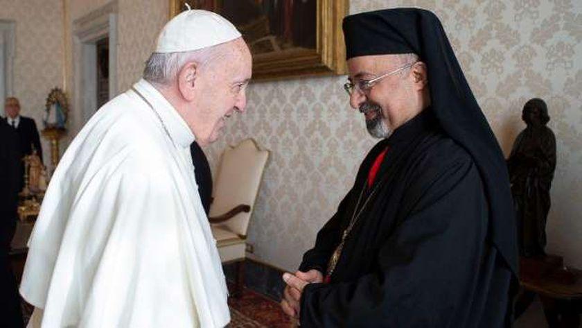 بطريرك الكاثوليك مع بابا الفاتيكان