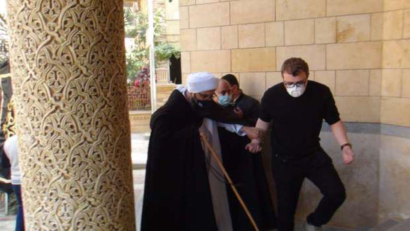 الحبيب علي الجفري في جنازة الدكتورة عبلة الكحلاوي