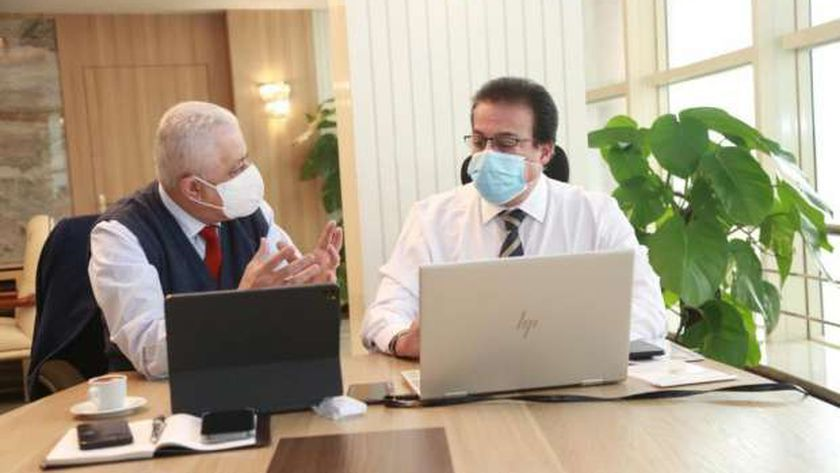 الدكتور خالد عبد الغفار  وزير التعليم العالي والدكتور طارق شوقي وزير التربية والتعليم