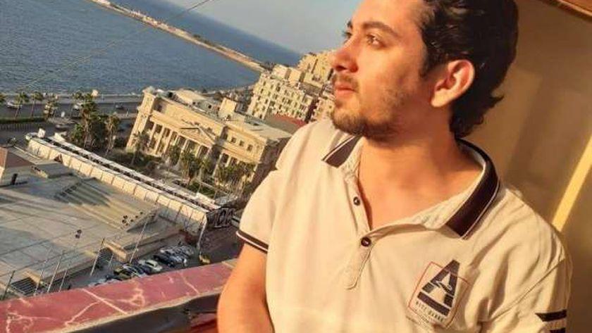 رثى نفسه قبل موته بساعات.. وفاة الكاتب محمد خليفة داخل معرض الكتاب - مصر -