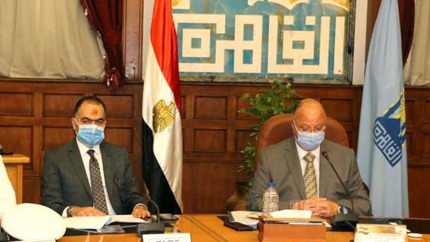 جانب من اجتماع محافظ القاهرة