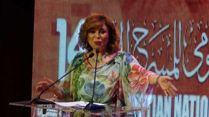 الفنانة إلهام شاهين في افتتاح المهرجان القومي للمسرح