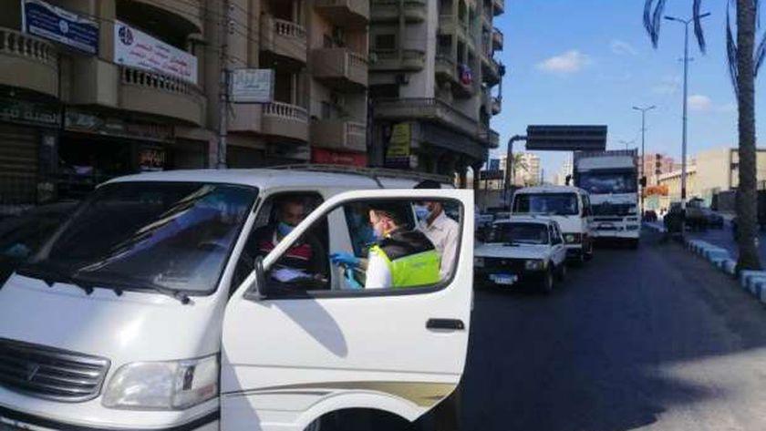 تغريم 121 سائق لعدم إرتداء الكمامة الواقية لمواجهة كورونا بالشرقية