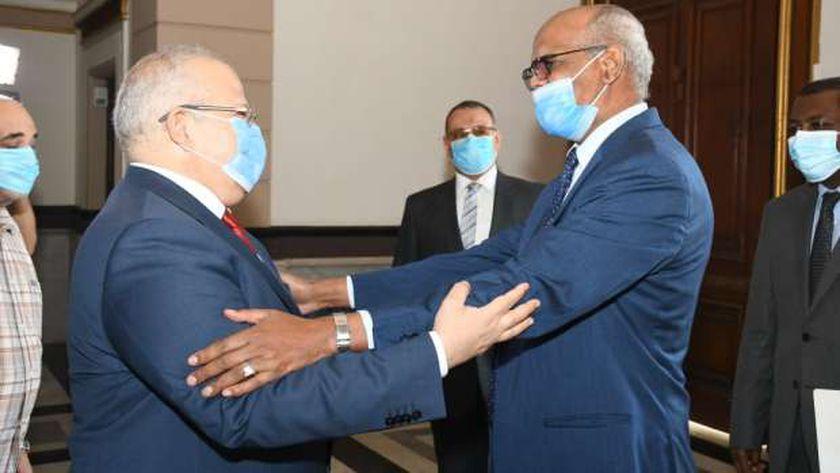 إستقبال الدكتور محمد عثمان الخشت رئيس جامعة القاهرة سفير السودان بالقاهرة