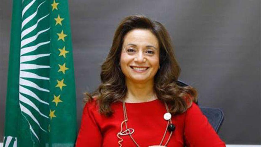 الدكتورة أماني أبو زيد