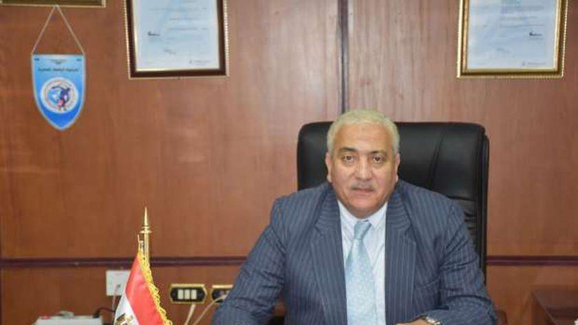 الدكتور أحمد بيومي رئيس جامعة السادات