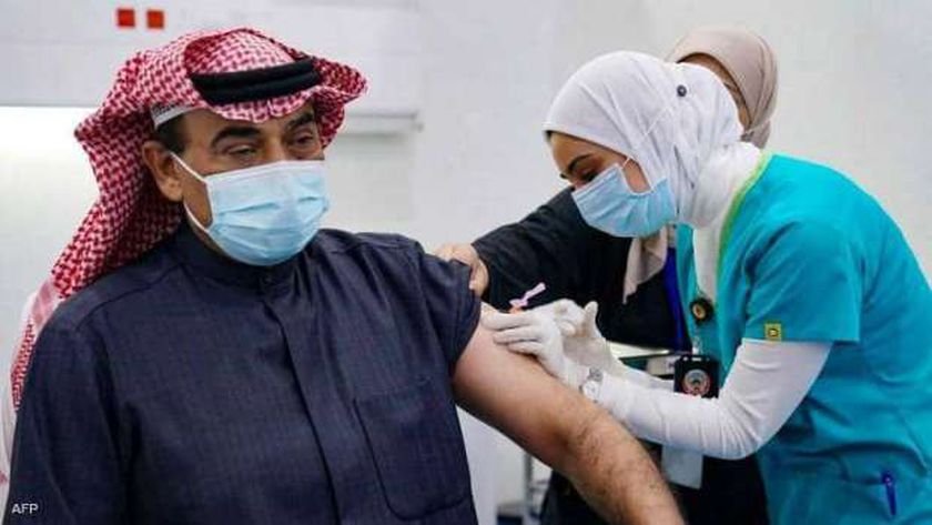 تطعيم الجرعة الثالثة في الكويت يشمل 3 فئات