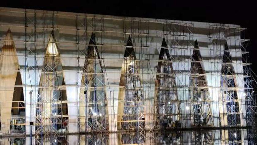 ترميم مبنى حفل افتتاح مهرجان الجونة السينمائي