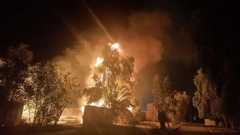 حريق في مخلفات بالمدينة الصناعية بقنا و4 سيارات إطفاء تحاول إخماده