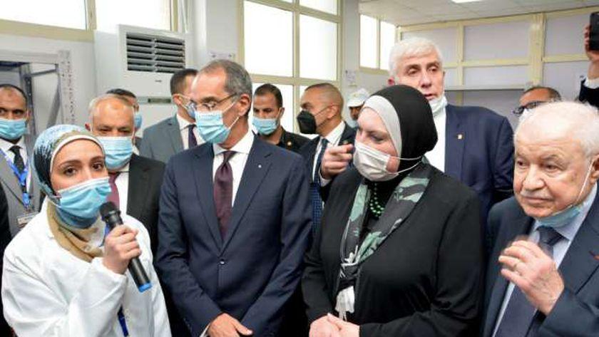 تدشين خطوط إنتاج أول منتج عربي من التابلت واللاب توب في مصر
