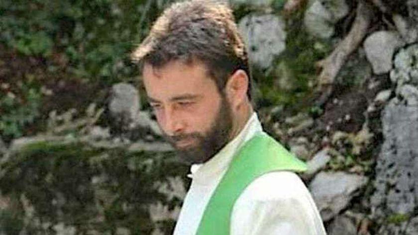 الكاهن الإيطالي