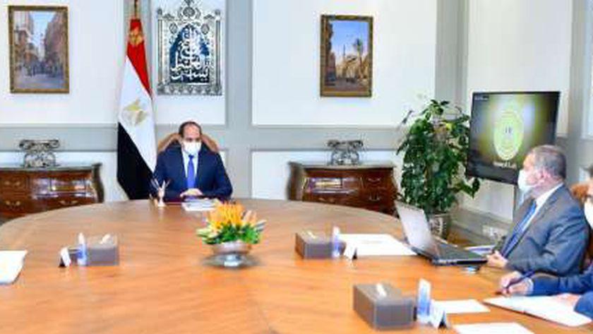 الرئيس عبدالفتاح السيسي خلال اجتماعه اليوم
