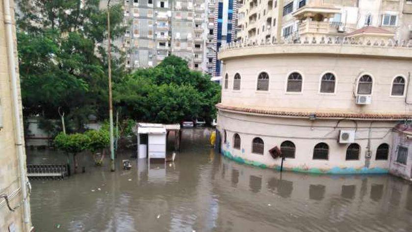 موجة الطقس السيئ تضرب الاسكندرية