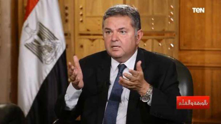 صورة قطاع الأعمال: مصنع جديد لإنتاج نصف احتياجات مصر من إطارات السيارات – مصر