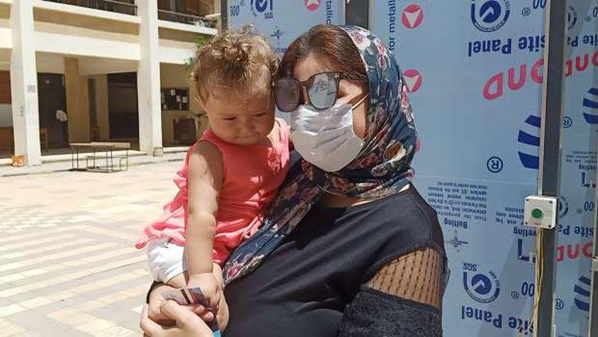 سيليا طفلة عمرها ٩ اشهر مع مامتها في انتخابات الشيوخ