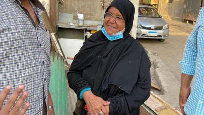 السيدة سعاد منصور التي استجاب لها وزير التنمية المحلية