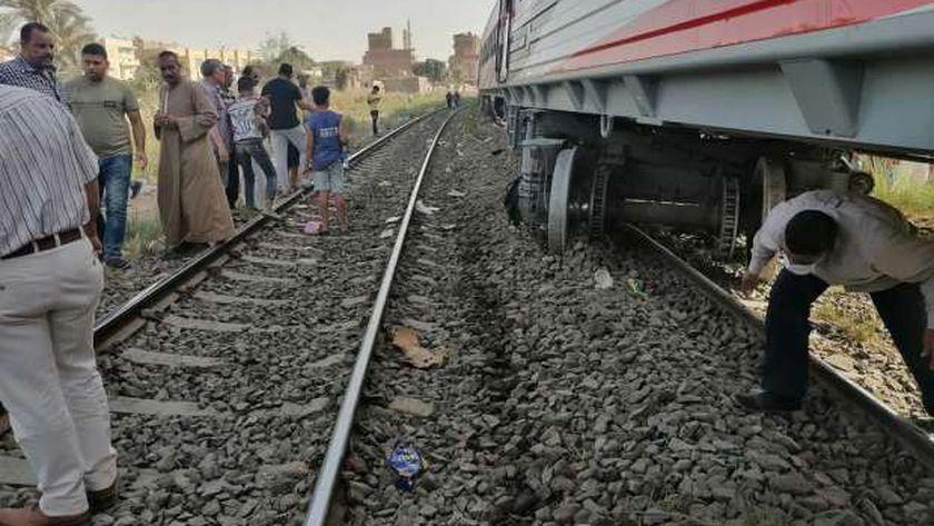 خروج قطار عن القضبان ببني سويف