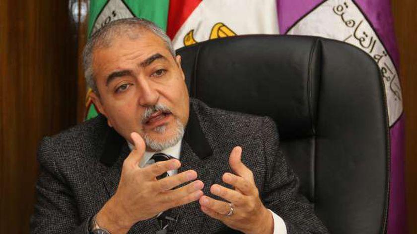 الدكتور خالد العامرى نقيب الأطباء البيطريين