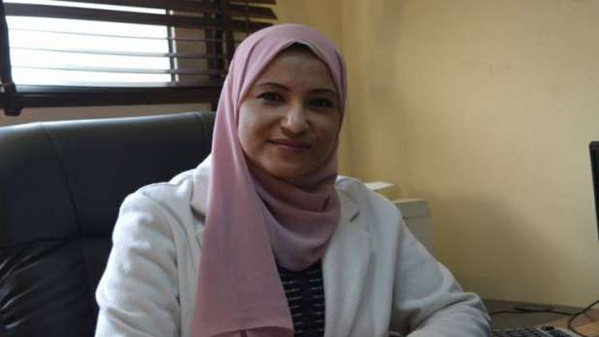 الدكتورة نهى عاصم .. مستشارة وزيرة الصحة لشؤون الأبحاث