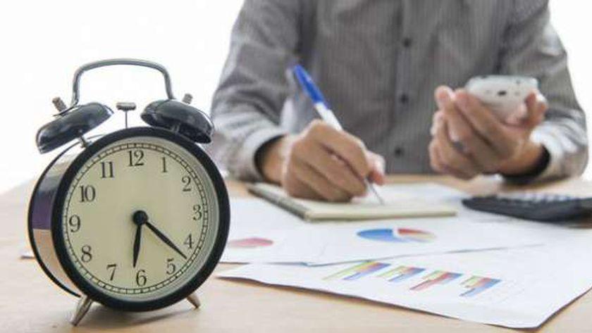 القانون كفل ساعات للراحات للعاملين بالقطاع الخاص