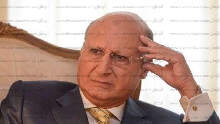 د. أحمد صقر عاشور