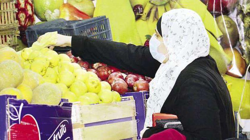 توافر السلع الغذائية فى الأسواق قبل ساعات الحظر