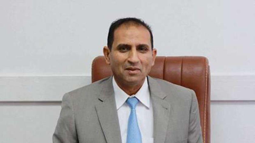 الدكتور أحمد غلاب رئيس جامعة أسوان
